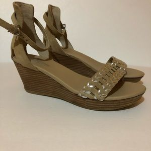 Kenneth Cole Reaction Wedge Sandal